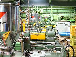 BMC成形など熱硬化性樹脂の射出成型やプラスチック成型をインジェクション方式などで行う、埼玉県の村越製作所